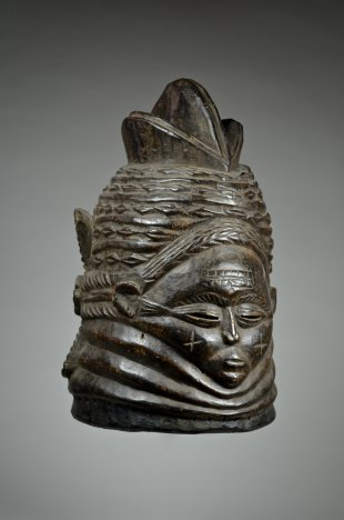 Bundu mask from the Sande Society 12